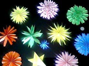 Atelier origami dans *** Ateliers d'activités avec les Petits origami-deco-pur-annivesraire-300x221